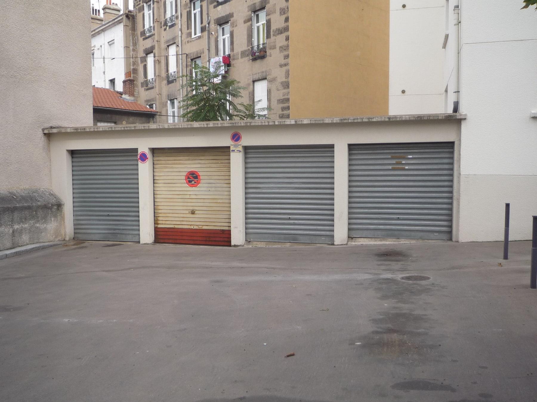 Le business des parkings en France